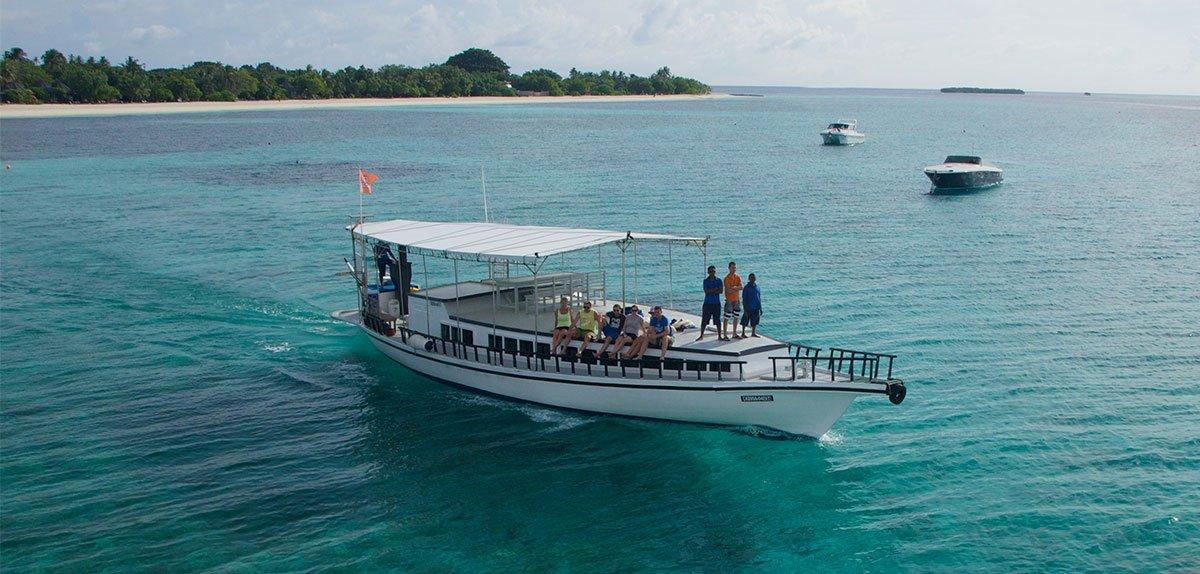 Prodivers Kuredu Snorkel Boat